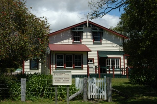 Williams House Paihia - front view